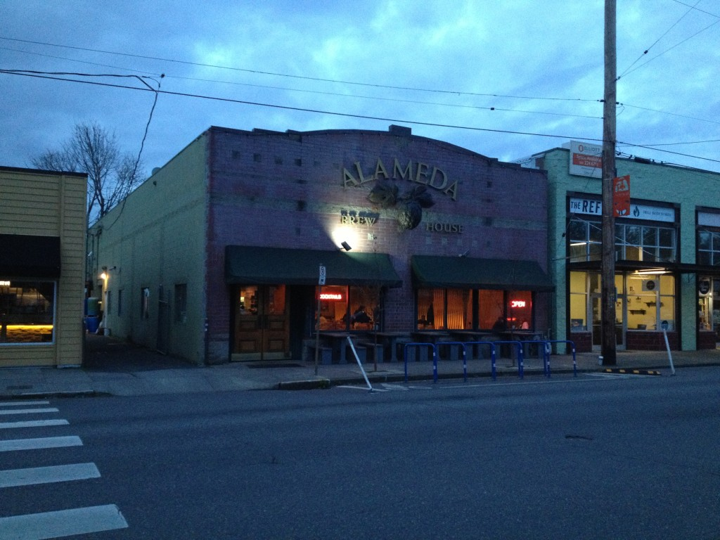 Portland Microbrewery Tour - Alameda