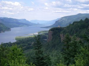 Columbia River Gorge Waterfalls Tour - Chanticleer point - Eco Tours of Oregon